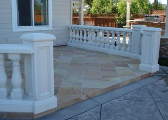 This is a picture of patio in Oxnard.