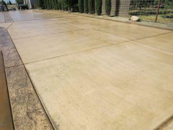 An image of concrete driveway.