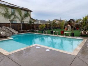 An image of pool deck in Oxnard.